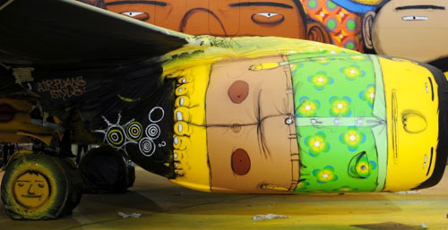 os-gemeos-world-cup-plane-4