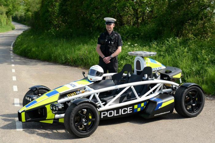 Ariel Atom PL police car2