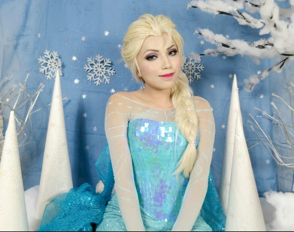 Promise Phan Elsa Fronzen